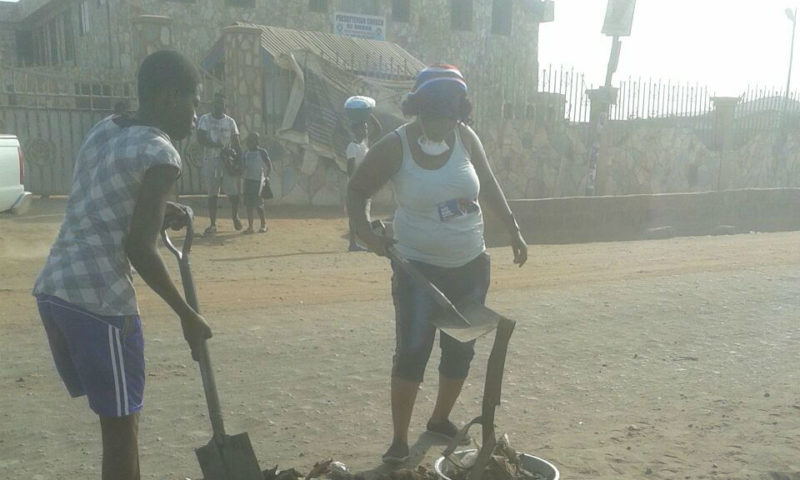 Photos: NPP Enters Ashaiman Gutters For Vote