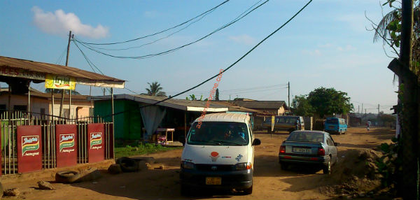 Photos: Ashaiman ECG Ignores Faulty Electric Wires in Lebanon Zone 4
