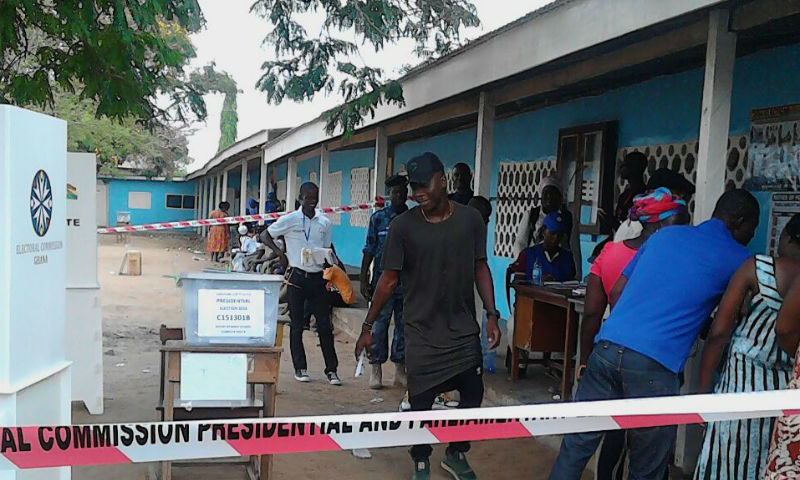Photos: Stonebwoy Captured Voting in Ashaiman
