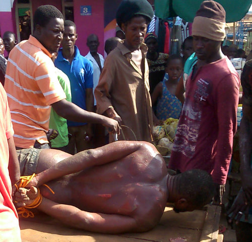Man Nabbed and Manhandled For Molesting People in Ashaiman (Video)