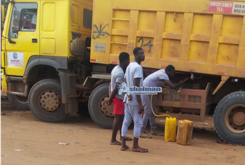 Exposé: Boys Caught Stealing Fuel From Trucks (Photos)