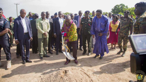 Ghana: Nana Addo Cuts Sod For Start Of Barracks Regeneration Project