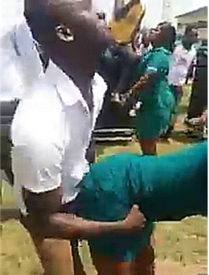 Nurses Jubilate With 'One Corner' Dance  Over 'Allawa' Restoration  - ashaimanonline.com