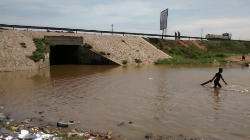Watch: Ashaiman-Tema Underpass Floods; Leaves Workers, Students, Stranded