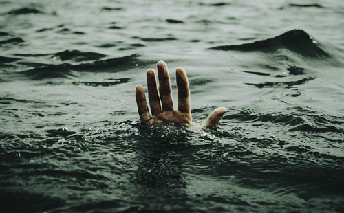 Man Drowns Trying To Rescue Son